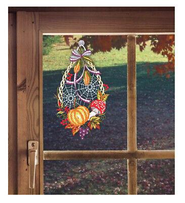 PLAUENER SPITZE Fensterbild KLEINE HEXE Fensterdekoration HALLOWEEN Deko Herbst