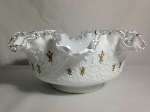 FENTON-White-Silver-Crest-Spanish-Laced-Bowl-with-Hand-Painted-Flowers-Signed