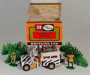 Britains-9377-Safari-Land-Rover-Complete-Ex-Shop-Stock-RARE-1970-039-s