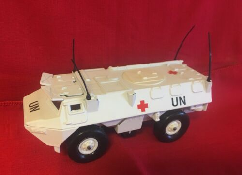 6027 rouge 251 n No Armée No ~ b Septembre U Croix 1976 a V Blanche Solido 5IO7PwxF