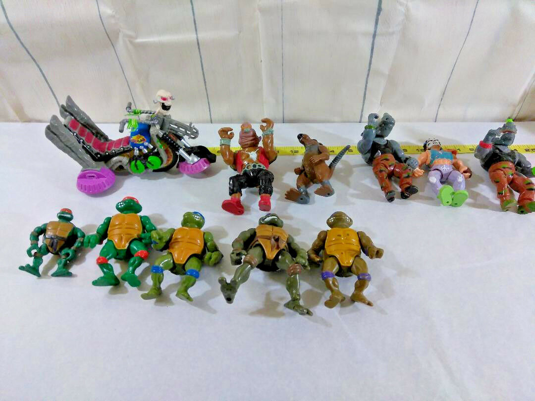 Lot of 1980s-Recent Teenage Teenage Teenage Mutant Ninja Turtles TMNT Action Figures Toys da1960