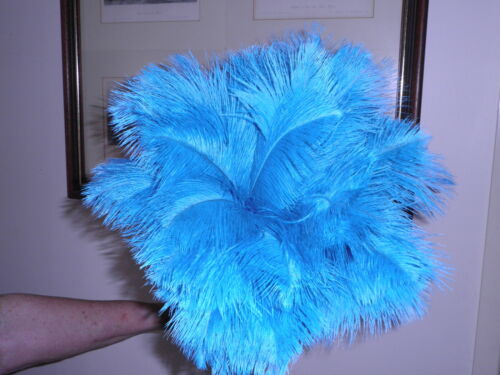 ONE DYED COLOUR OSTRICH FEATHER DUSTER  FIRST GRADE FEATHERS 700 MM OVERALL