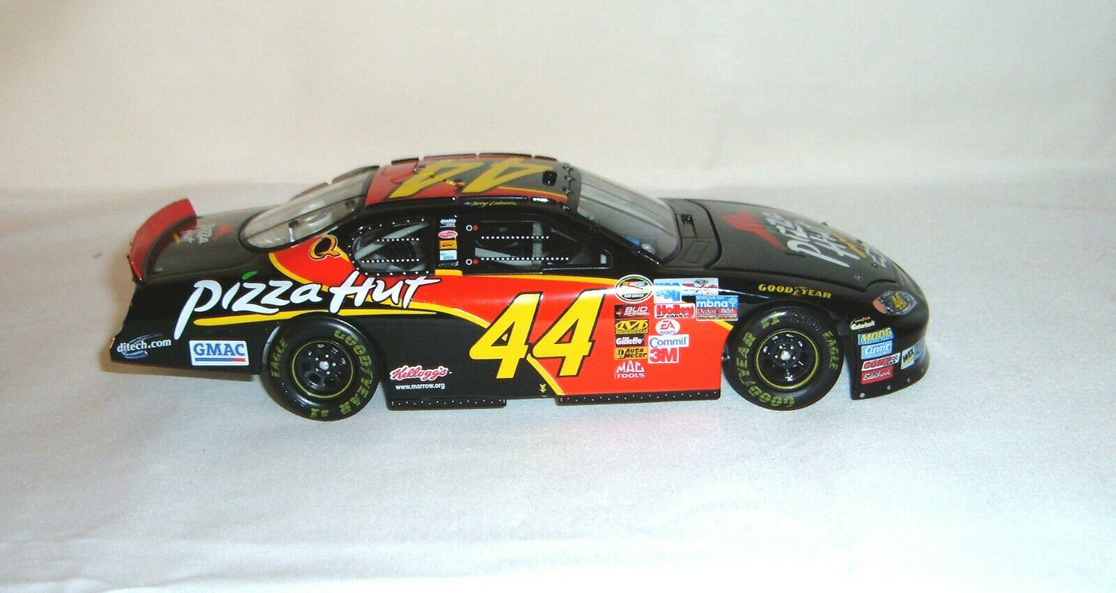 TERRY LABONTE Action Collectables 2005 Pizza Hut Monte billo 1 24