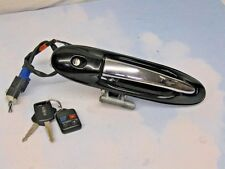 "LINCOLN TOWN CAR DRIVER LF O/S DOOR HANDLE W/KEY & FOB ""BLK/CHROME"" 2003 - 2011"