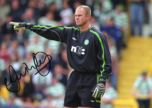Jonathan Gould, Glasgow Celtic, Scotland, signed 7x5 inch photo. COA.