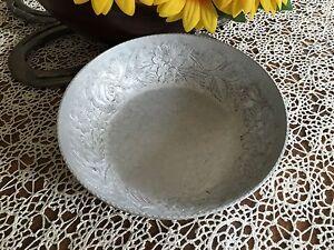 VINTAGE-EVERLAST-Hand-Forged-Aluminum-Serving-Bowl-Dogwood-Flowers