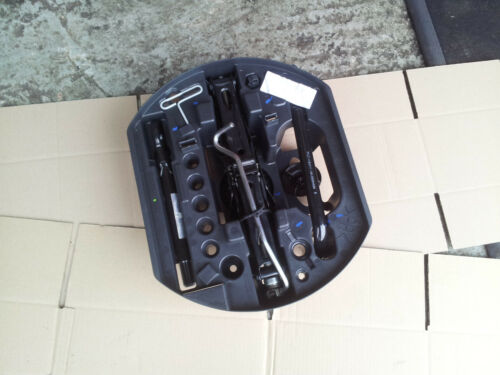 Renault Laguna mk3  Spare Wheel Jack Set Kit