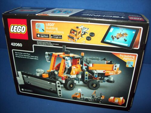 LEGO 42060 TECHNIC ROADWORK CREW 2 IN 1 Truck Flatbed trailer Digger sealed 8-14