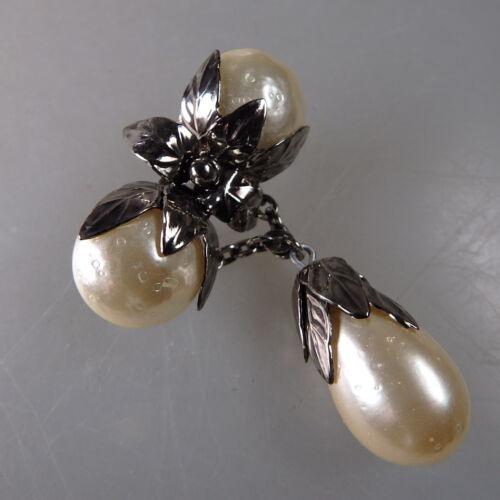 36882 Neugablonz Mächtige Brosche 3 große Perlen um 1955