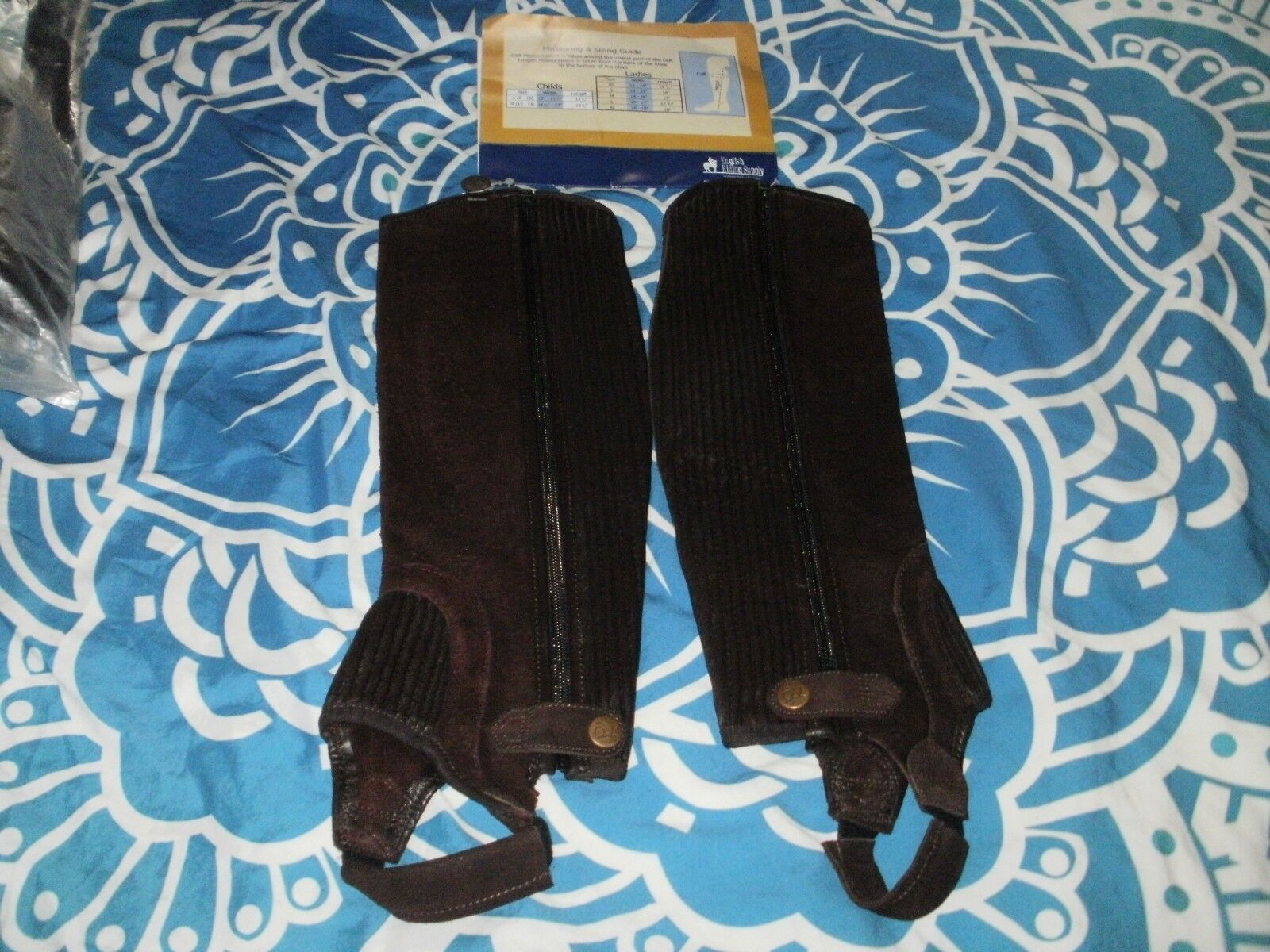 OVATION BROWN SUEDE HALF CHAPS XS 12-14 X 15.5 HEIGHT NEW