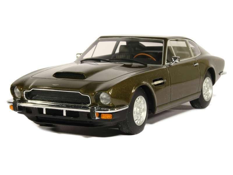 tienda de bajo costo CMR 1976 Aston Martin V8 V8 V8 verde Oliva Metálico 1 18 Rara De Encontrar   moda