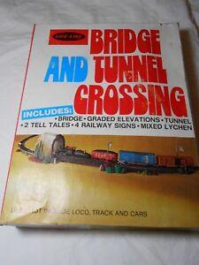 Details about HO TRAIN LIFE-LIKE BRIDGE & TUNNEL CROSSING SCENE KIT NEW IN  PACKAGE!