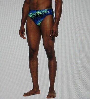 TYR Men/'s Perseus Racer Swimsuit