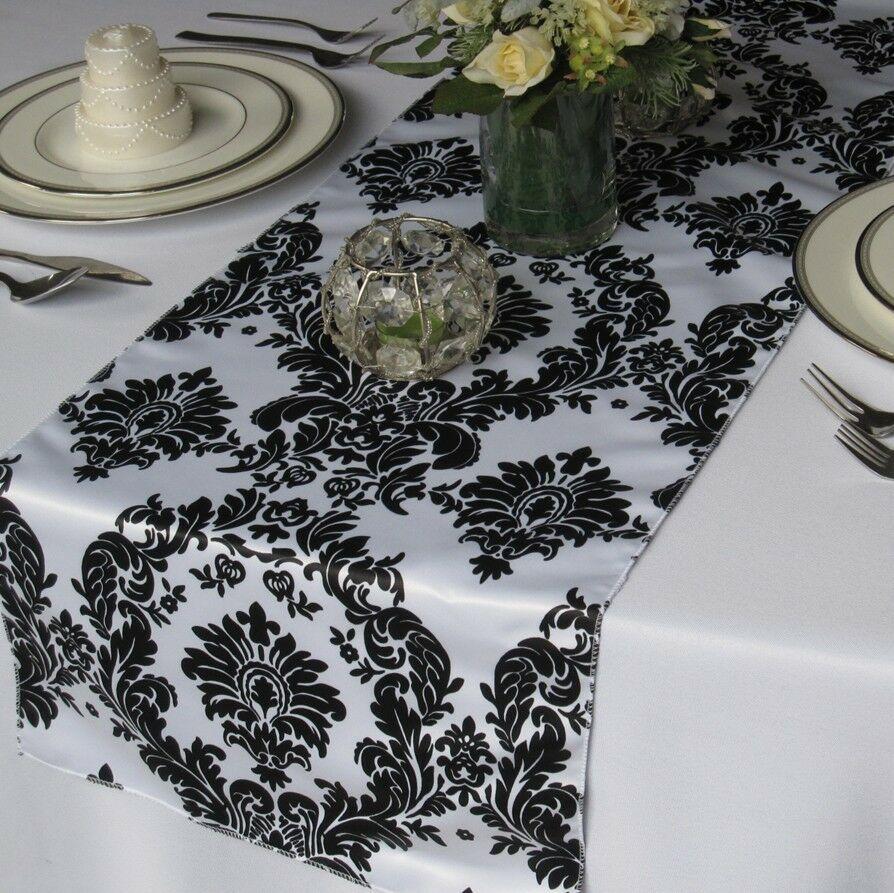 25 Damas Satin Chemins De Table 14 x108  Noir & Blanc Fine tablerunners Weddding
