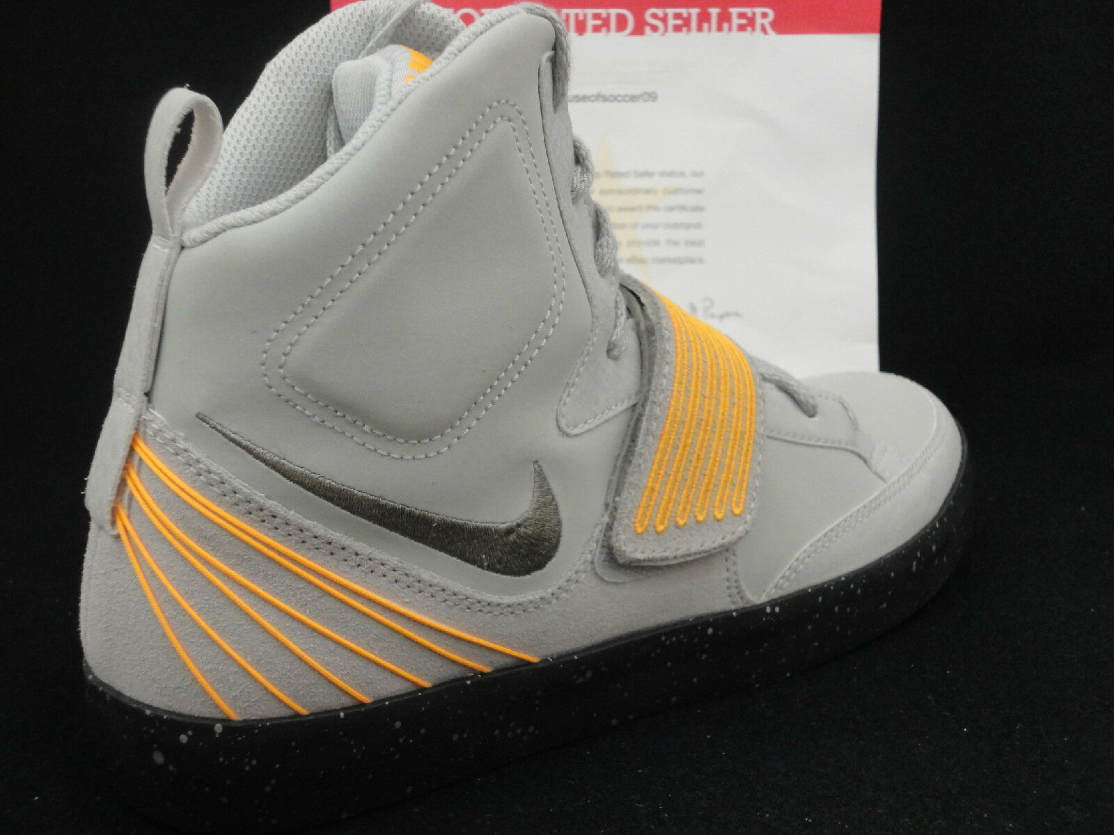 Nike NSW Skystepper, Yeezy Design, Grey   Laser orange Size 11.5