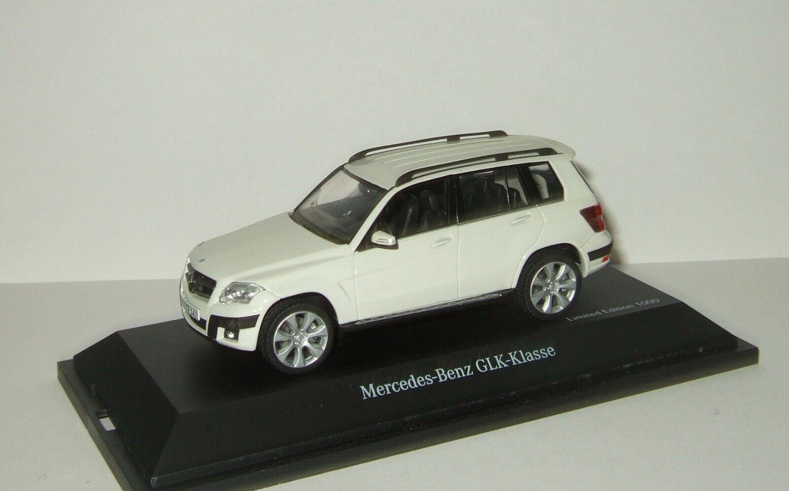 1 43 Schuco Mercedes Benz GLK X204 4WD 2009 Weiß 07247