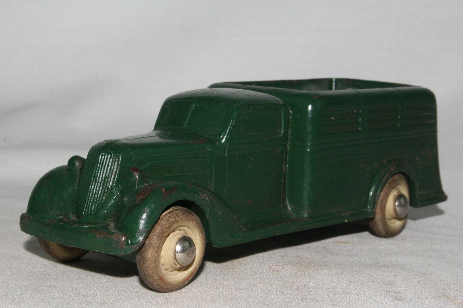 Rainbow Rubber 1935 Studebaker Stake Truck, Grün, Original
