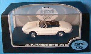 ALFA-ROMEO-SPIDER-DUETTO-1600-1966-MAXICAR-1-43-BIANCA