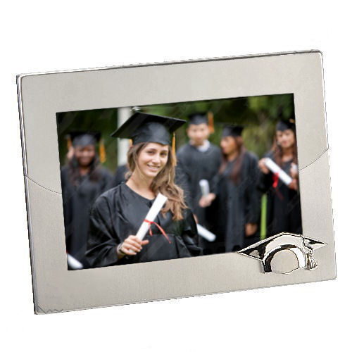 """Personalised Two Tone Graduation Cap Photo Frame 6/"""" x 4/"""" Engraved Gift"""