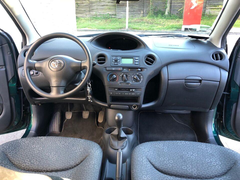 Toyota Yaris, 1,0 Terra MMT, Benzin