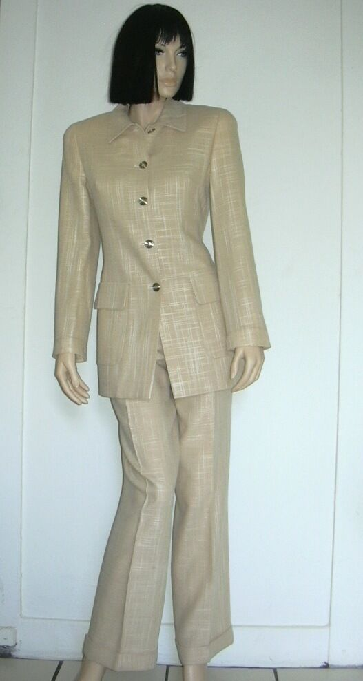 LOUIS FERAUD PANTS SUIT SIZE US 6