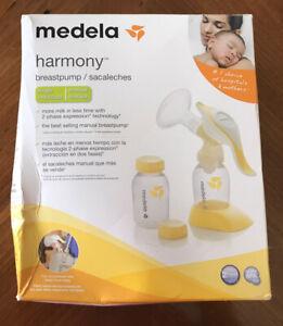 Brand New SEALED  Medela 67186 Harmony Manual Breast Pump