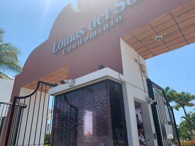 Hermosa casa en Lomas del sol Nuevo Vallarta justo en la avenida gastronomica y zona turistica