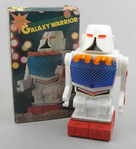 Hong-Kong-Plastic-Battery-Op-Galaxy-Warrior-Robot-BOXED