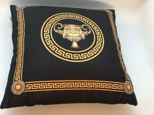 Unique 60x60 Cushion Classic Black-Gold Amphora Meander Medusa versac