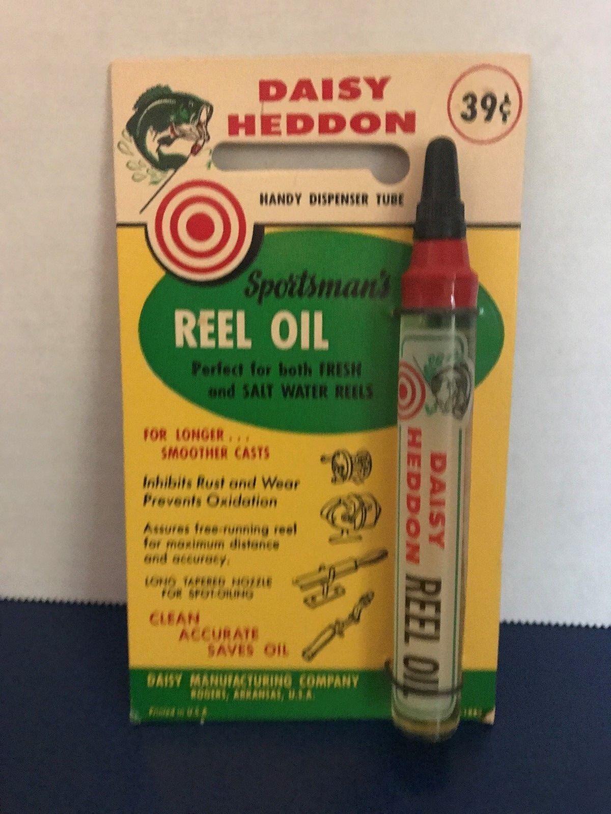 Vintage DAISY HEDDON SPORTSMANS REEL OIL on original card 1970s