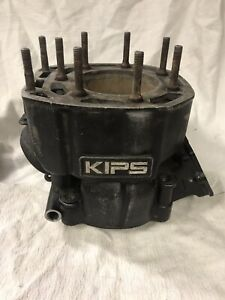 1986-Kawasaki-KX500-CYLINDER-USED-Needs-Sleeve-MAY-FIT-OTHER-YEAR-MODELS