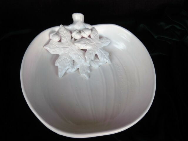 "NEW 2018Lg 12"" Ceramic Pumpkin Serving Bowl w Leaves & Acorns White Satin Glaze"