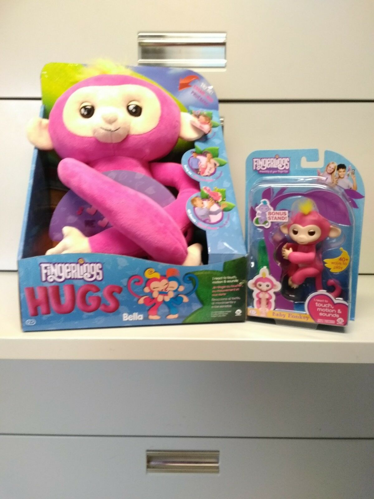 Menge   neue wowwee fingerlings hugs baby - äffchen  bella  (Rosa) und fingerlings bella