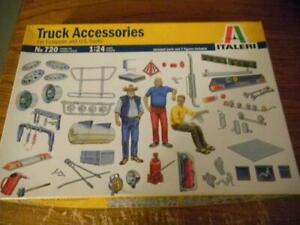 Italeri-720-Truck-Accessories-Set-Partial-Set-1-24-Scale