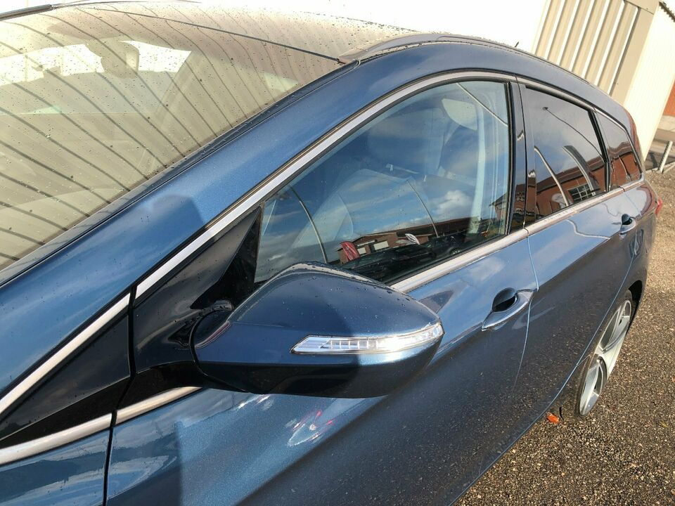 Hyundai i40 1,7 CRDi 136 Style CW Van Diesel modelår 2012