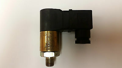 Rugged Cylindrical Pressure Switch Gems PS75-70-4MNZ-C-HCR