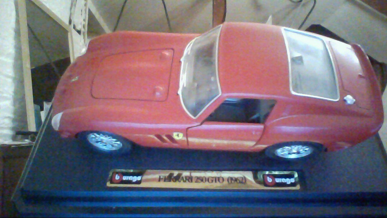 Burago   Bburago    Ferrari 250 GTO    cod .0510     Scala 1 24  selten 1962
