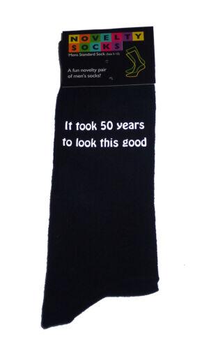 Ci sono voluti cinquant/' anni per guardare questa buona Stampato Uomo Nero CALZINI 50º COMPLEANNO REGALO