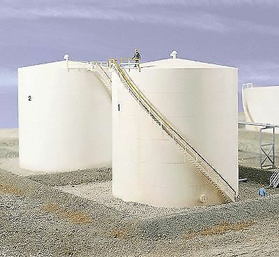 WALTHERS CORNERSTONE HO SCALE OIL STORAGE TANK TALL KIT 933-3168