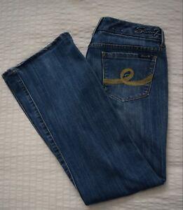 1ee3c31dcf307 Women s Seven7 Boot Cut Jeans Size 31 Medium Wash L31 - EUC