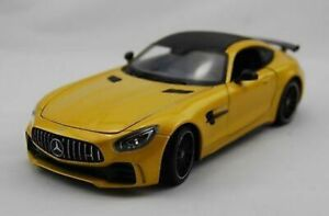 Mercedes-AMG-GTR-yellow-1-24-Welly-Classic-Metal-Model-Car