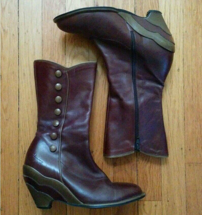 JOHN FLUEVOG PIN-UPS  MISS DECEMBER US 8 7.5 BURGUNDY BUTTON WEDGE bottes chaussures