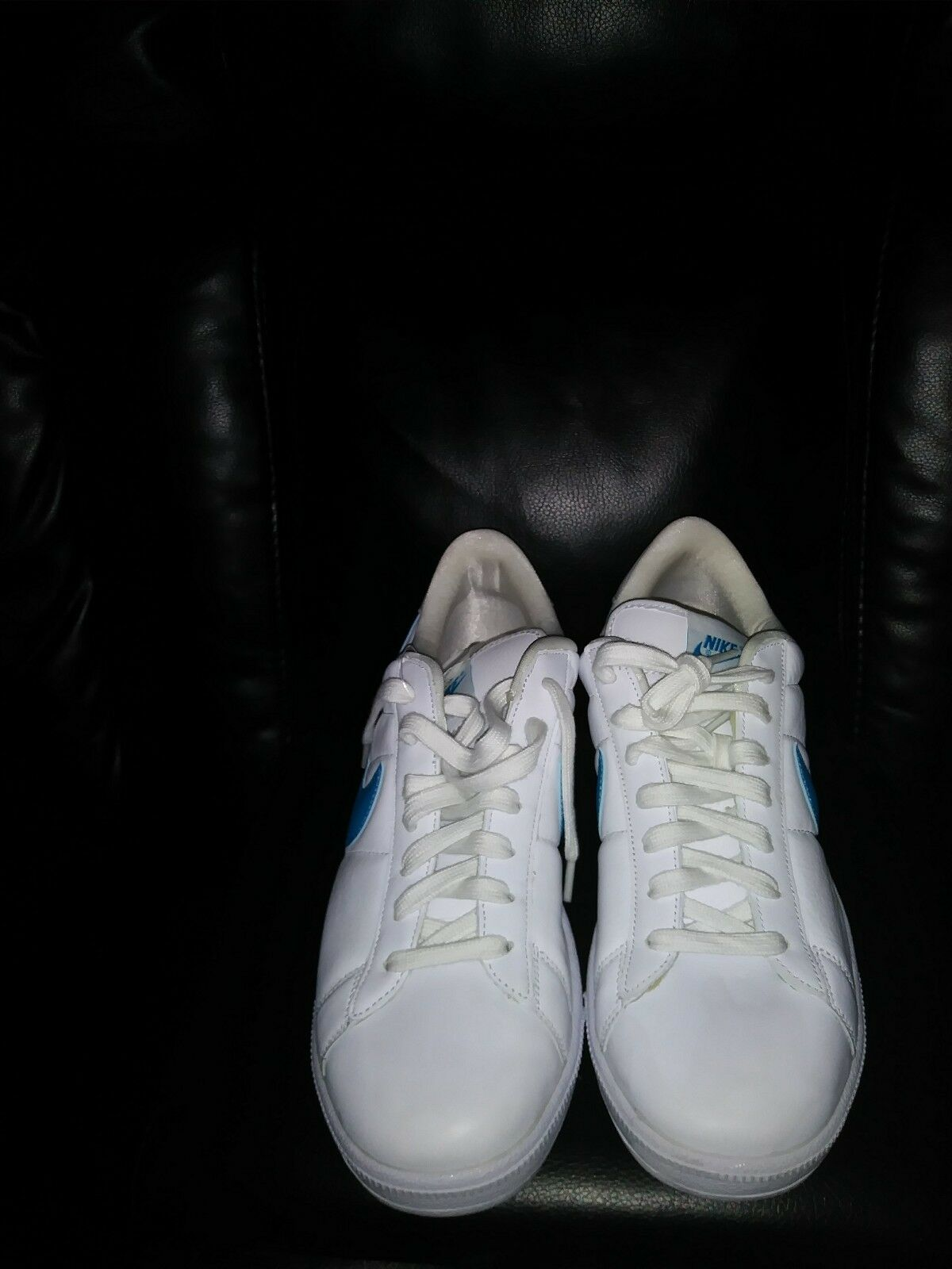 nike tennis classic mens white leatbef lace up shoes