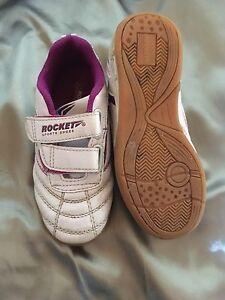 Kinder Schuhe Sport Klett Lila Halle Gr 30