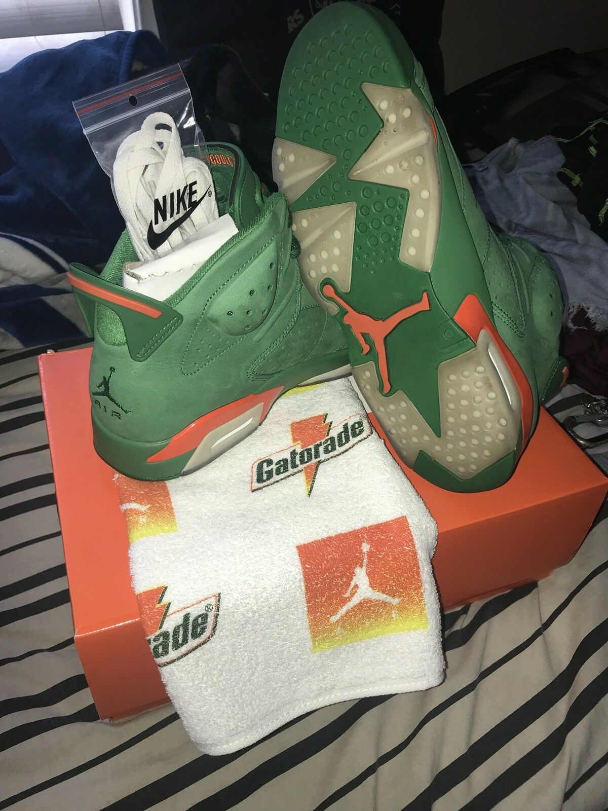 Air Jordan 6 Gatorade Green Size 10.5