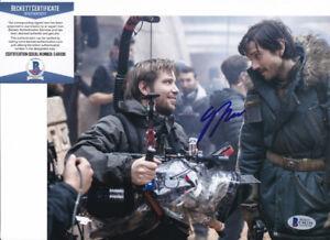 Gareth-Edwards-Star-Wars-Rogue-One-Signed-Autograph-8x10-Photo-Beckett-BAS-COA-F