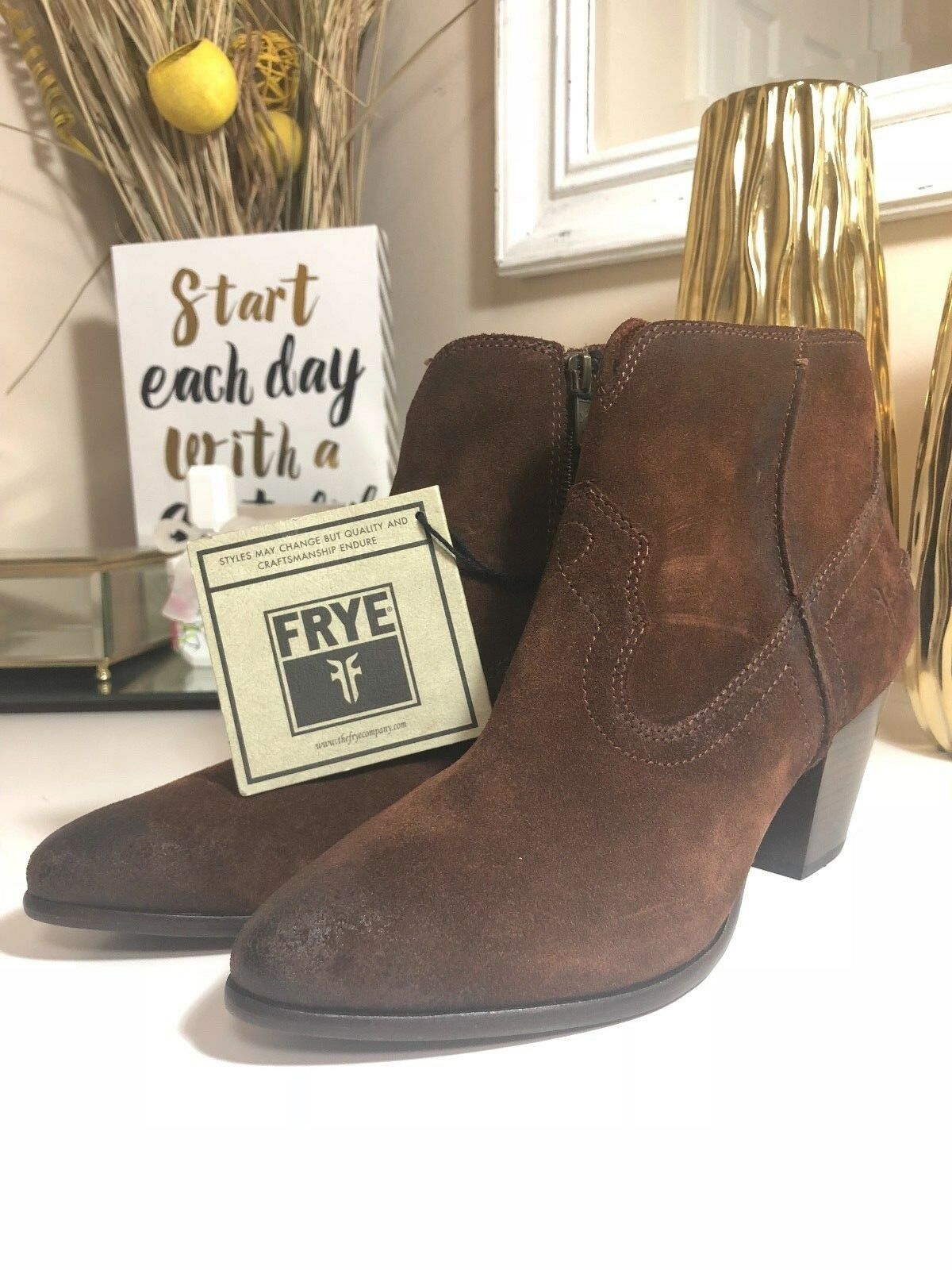 NWOB Women's FRYE Renee Seam Short Boots, Brown, Sz 9M