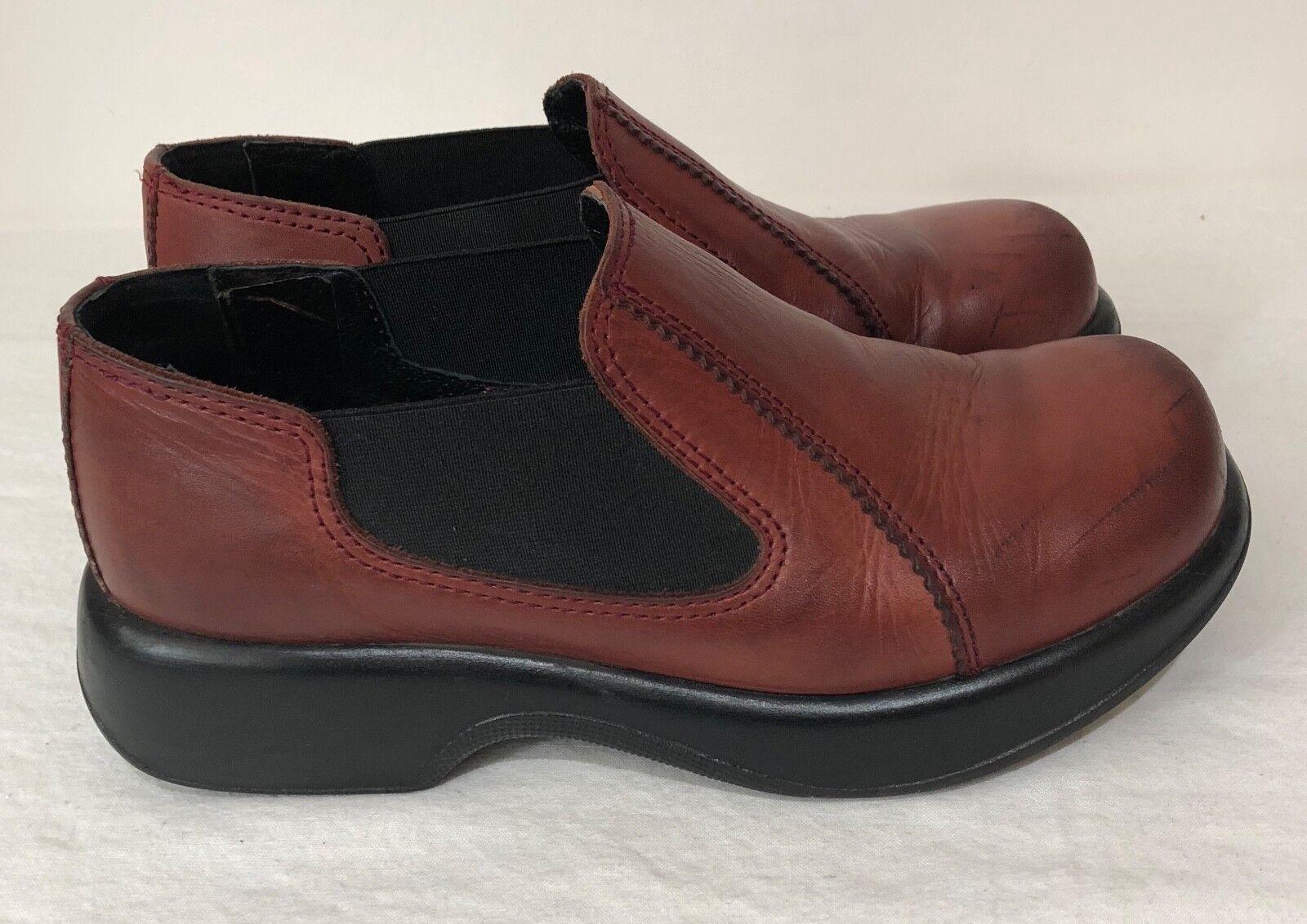 Dansko sz 9 9 9 Brown Leather Slip Ons d56d93