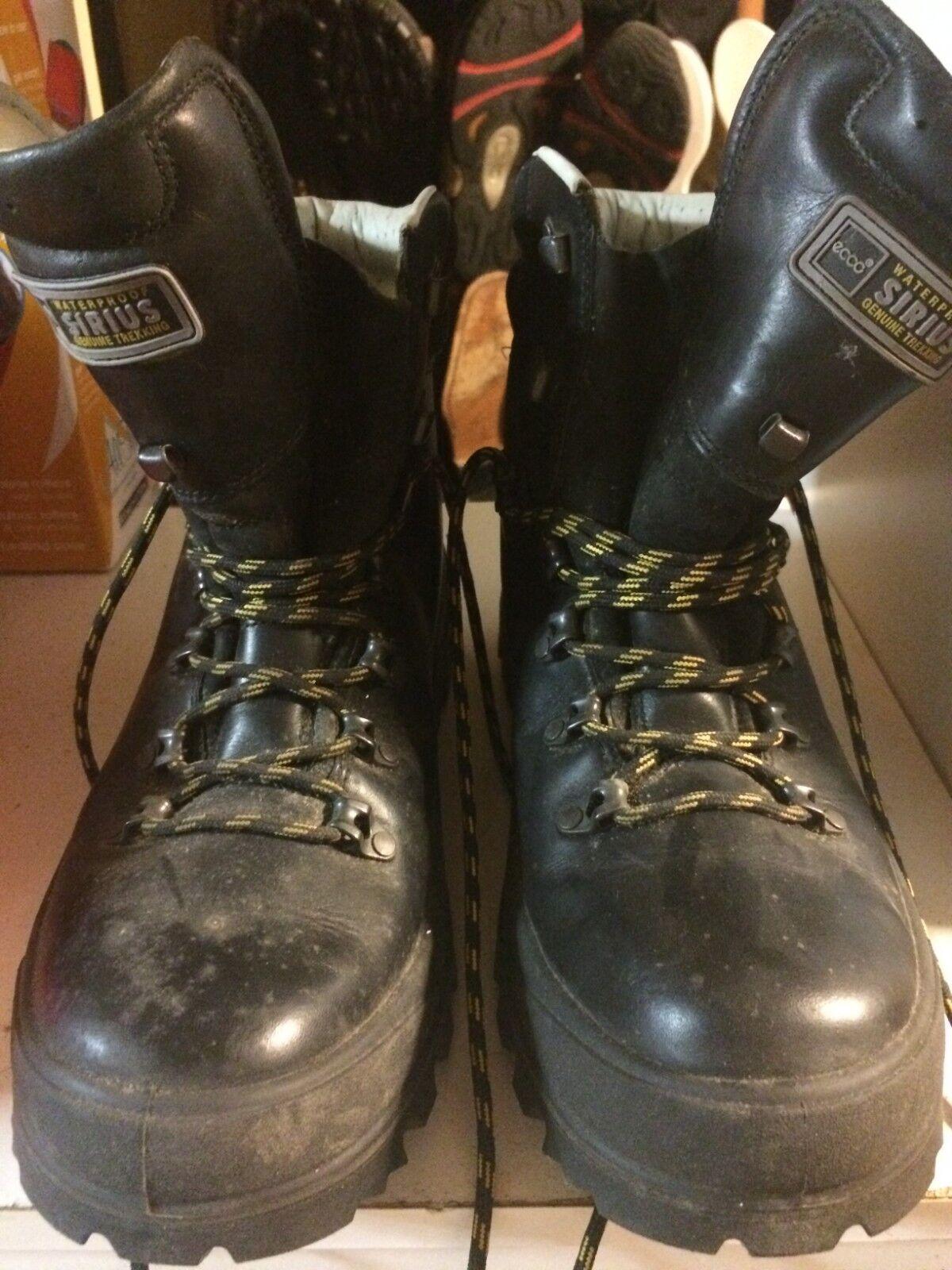 Ecco Waterproof Sirius Genuine Trekking Boots