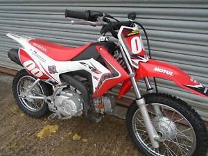 Honda-CRF-110-MINI-Kids-motocross